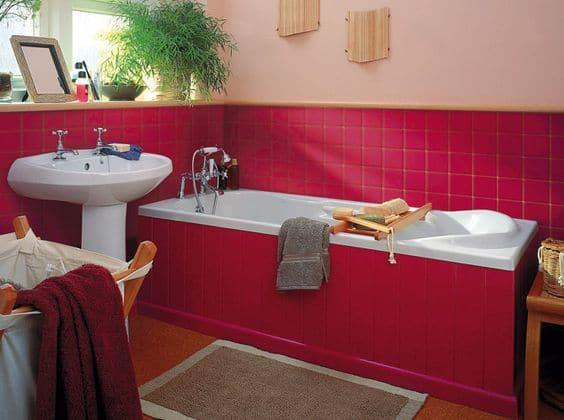 Quelle couleur éviter dans une salle de bain?