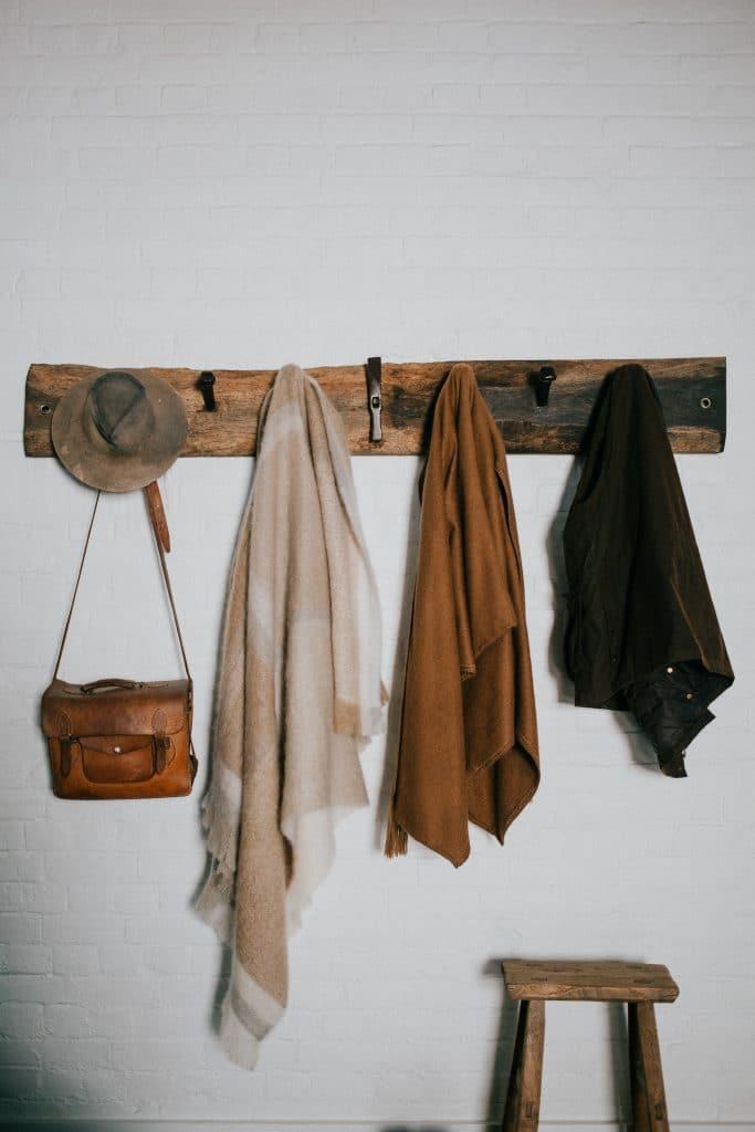 Que faut-il pour fabriquer un porte-manteau ?
